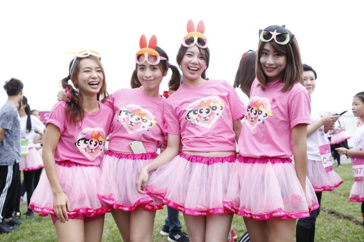 (圖5:小澎裙們也都精心打扮來參加一年一度裙襬澎澎RUN)
