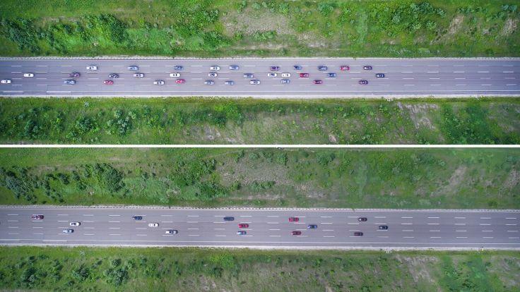 【圖三】Ford與位在美國田納西州的范德比大學正在進行一項業界同級最大規模的演示計畫─證明全面使用主動式定速巡航科技能有效減少交通堵塞狀況。.jpg