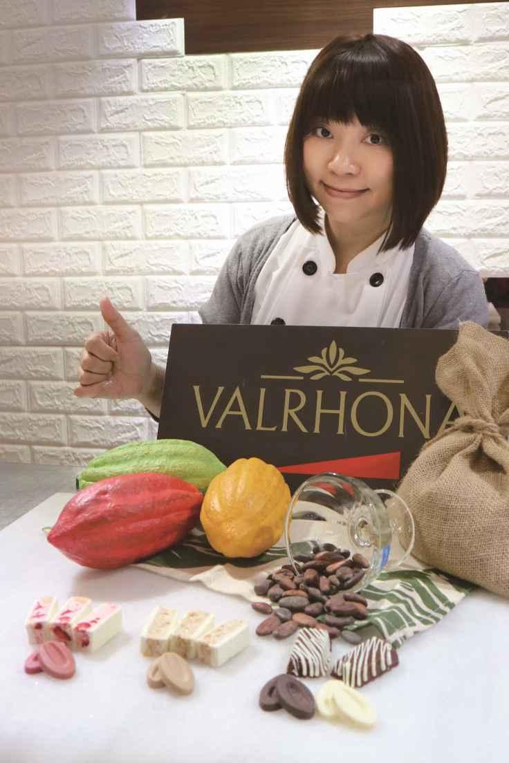 【新聞照3】人氣烘焙名師麥田金表示:做烘焙的首要原則是嚴選素材。VALRHONA也是我堅持使用的唯一優質品牌.jpg