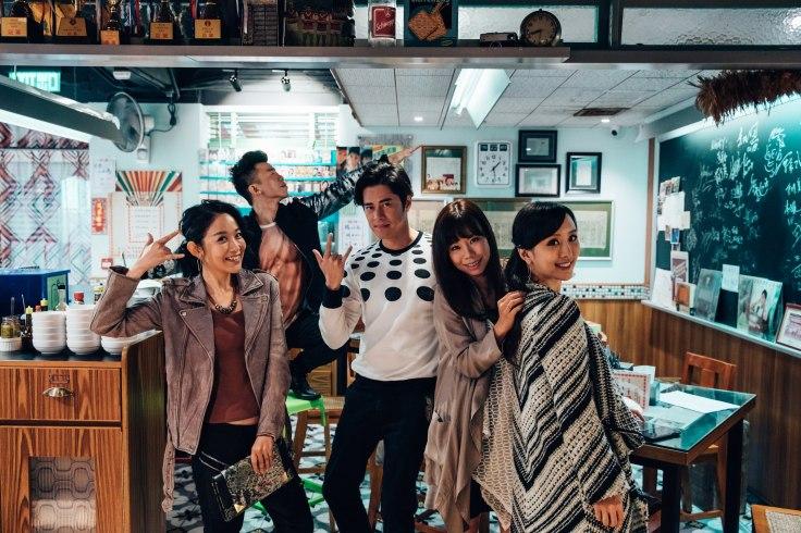 左起-陳逸寧、陳奐仁、徐天佑、林兆霞、陳靜
