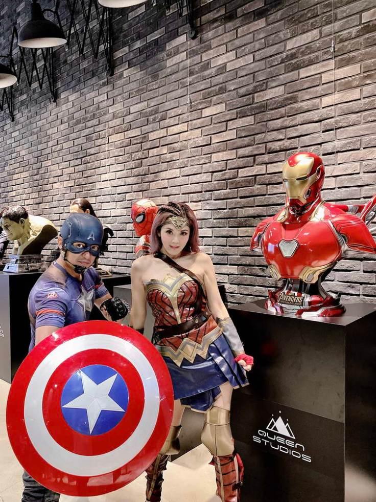 圓圓更預告七月她會以神力女超人的身分,親自帶育幼院的弱勢族群小朋友們來看展覽