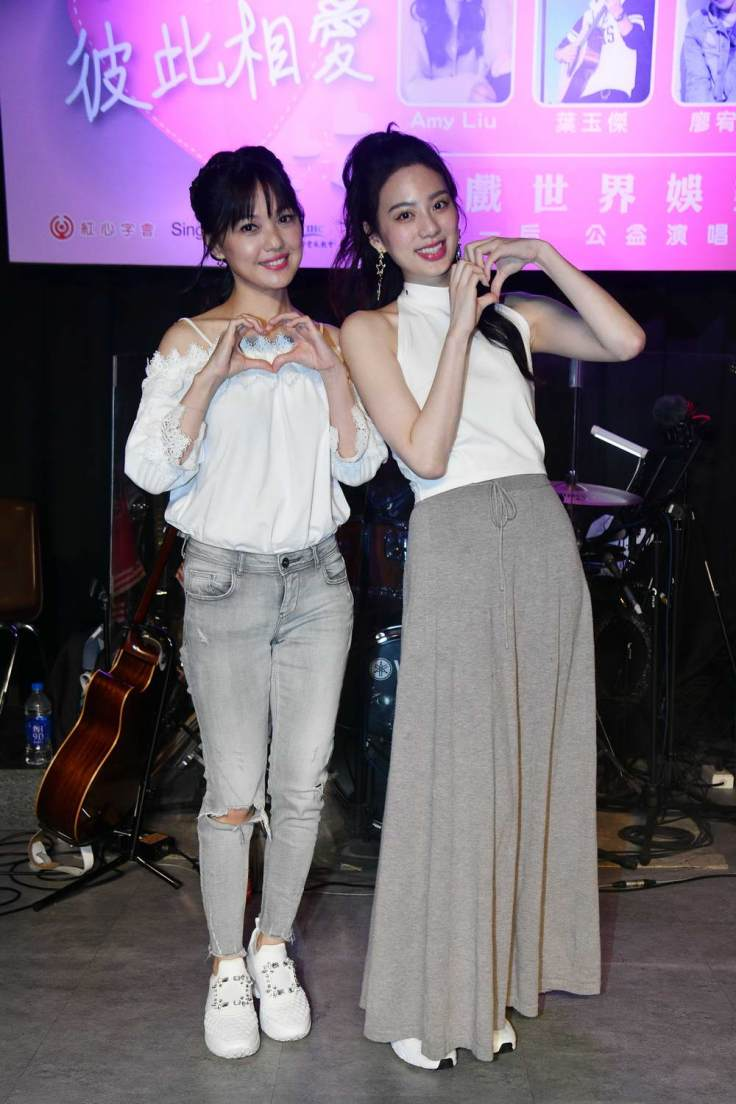 由左至右-蜜雪+ Amy Liu
